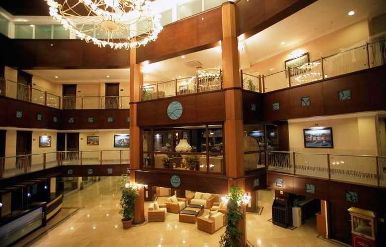 Latanya Beach Resort - General - 1