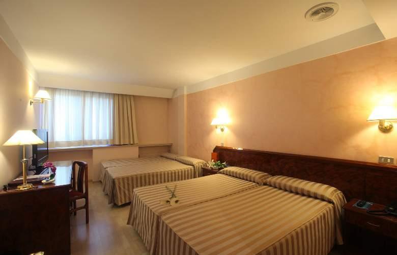 Tulip Inn Andorra Delfos - Room - 2