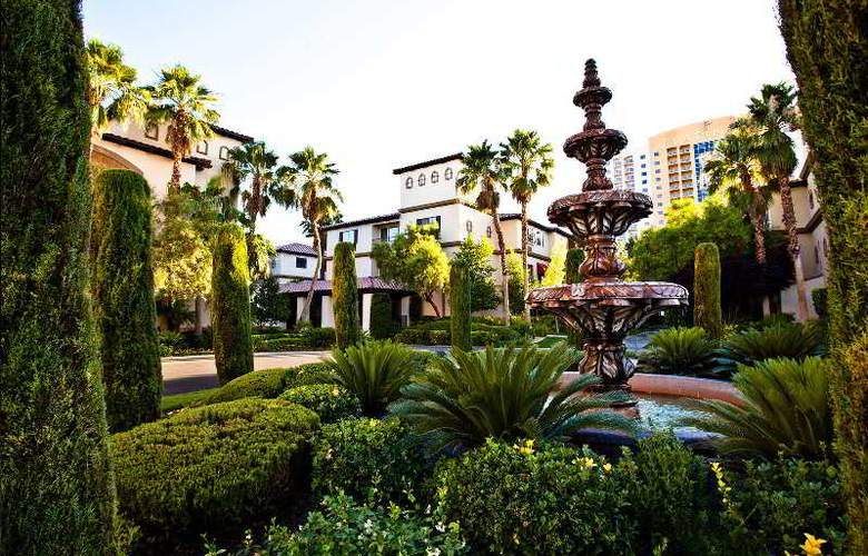 Tuscany Suites & Casino - Hotel - 11