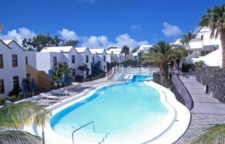 Apartamentos Morromar THe Home Collection - Pool - 4