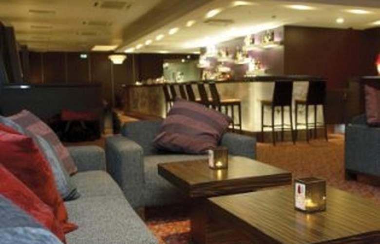 Albert Hotel - Bar - 2
