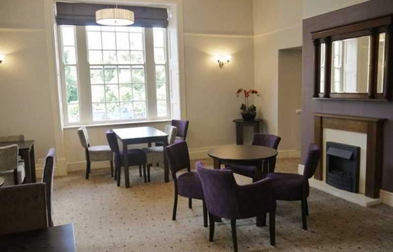The Royal Victoria Hotel Snowdonia - Bar - 8