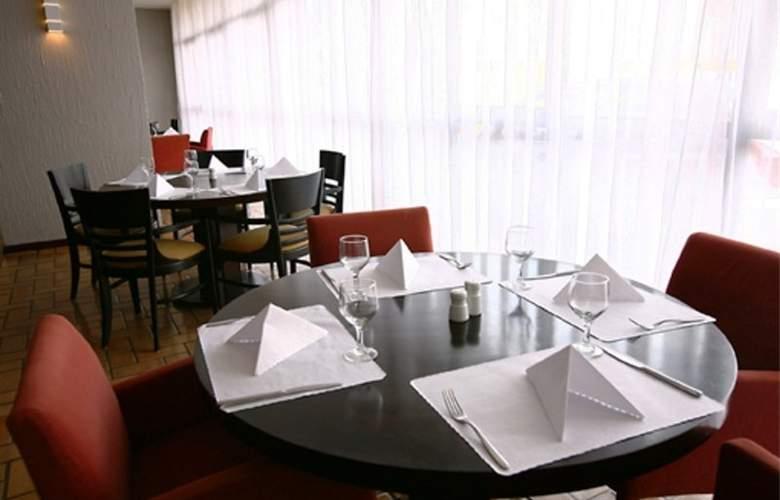 Slaviero Executive Pinhais - Hotel - 10