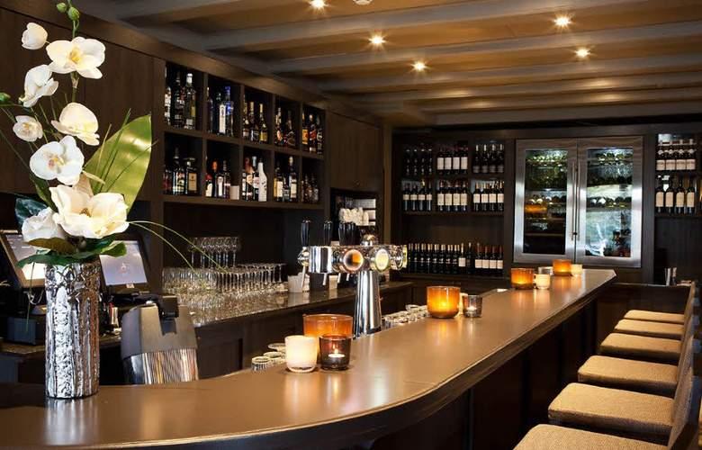 Fletcher Hotel-Restaurant Het Witte Huis Soest - Bar - 3