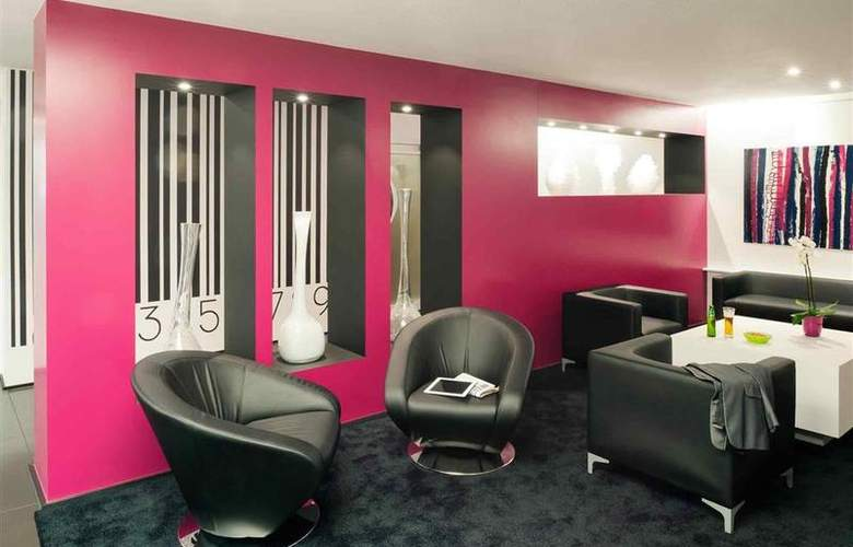 Ibis Styles Brussels Louise - Bar - 25
