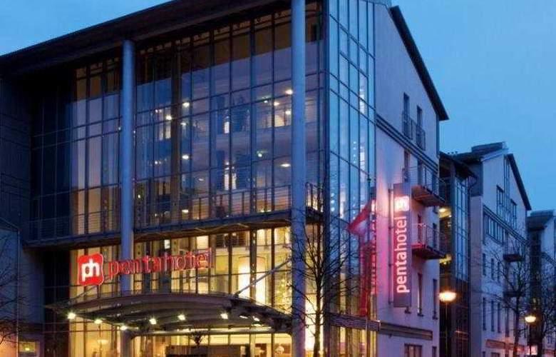 Pentahotel Rostock - Hotel - 0