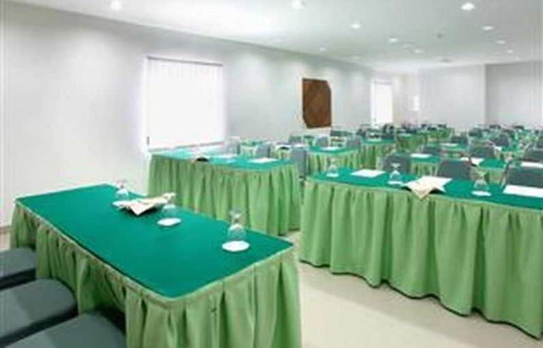 Anum Hotel - Conference - 11