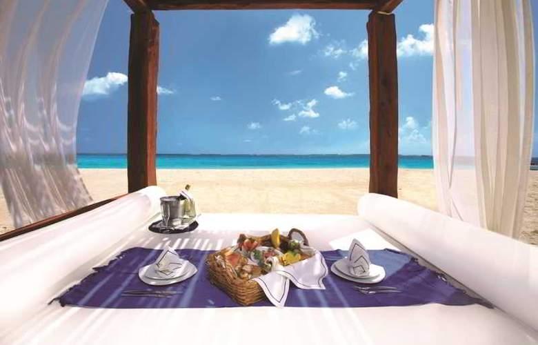 Azul Beach & Hotel Resort Gourmet All Inclusive - Beach - 25