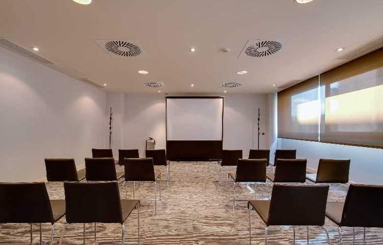 Rafaelhoteles Forum Alcala - Conference - 39