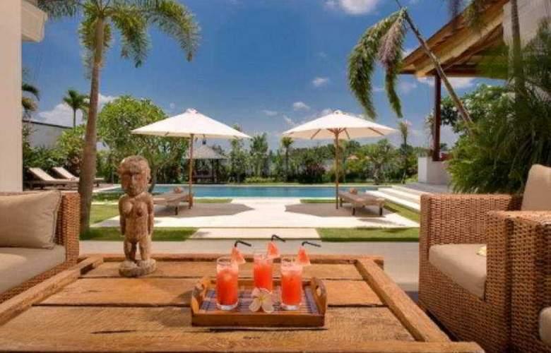 Villa Bahagia - Pool - 6