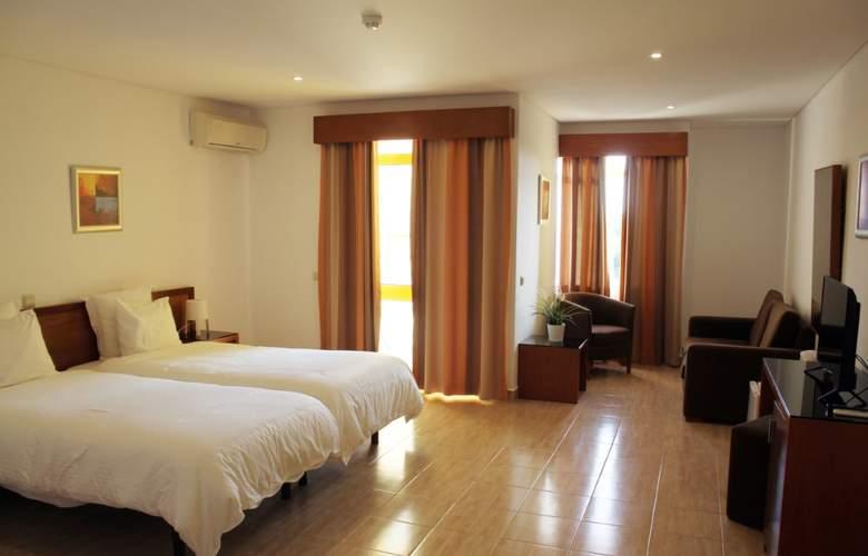 Pinhal Do Sol - Room - 2