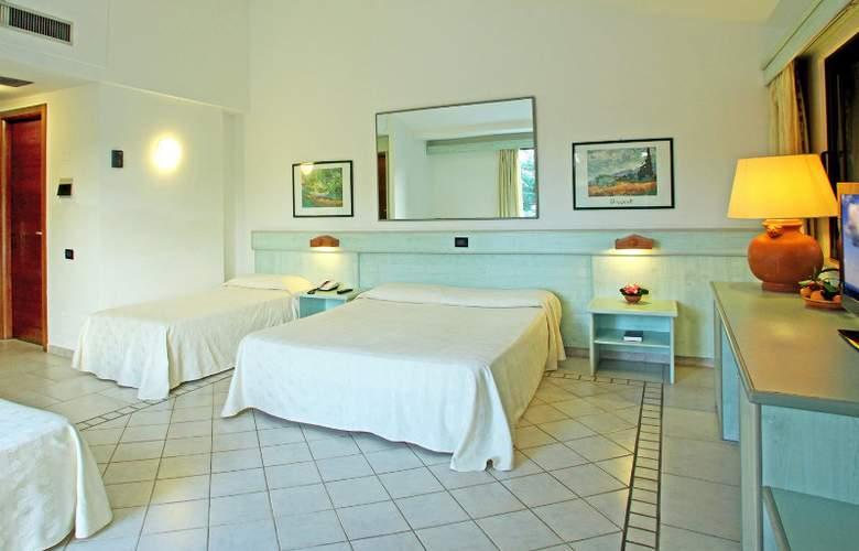 Fiesta Sicilia Resort - Room - 2