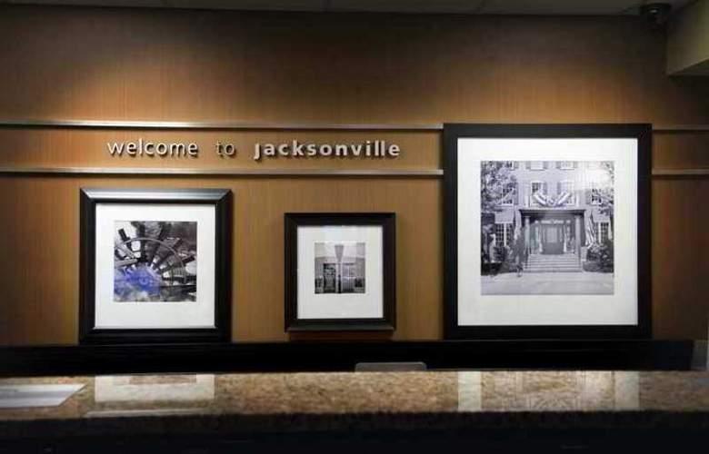 Hampton Inn Jacksonville-I-95 Central - Hotel - 0