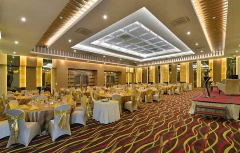 Grand Tjokro Yogyakarta - Conference - 23