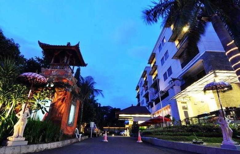 Puri Denpasar - Hotel - 0