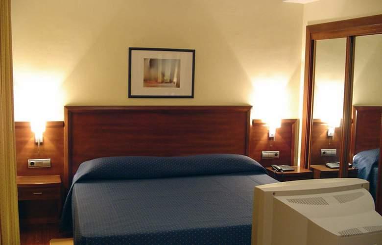 HG - Room - 2