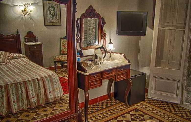 Medieum Renaixença - Room - 8