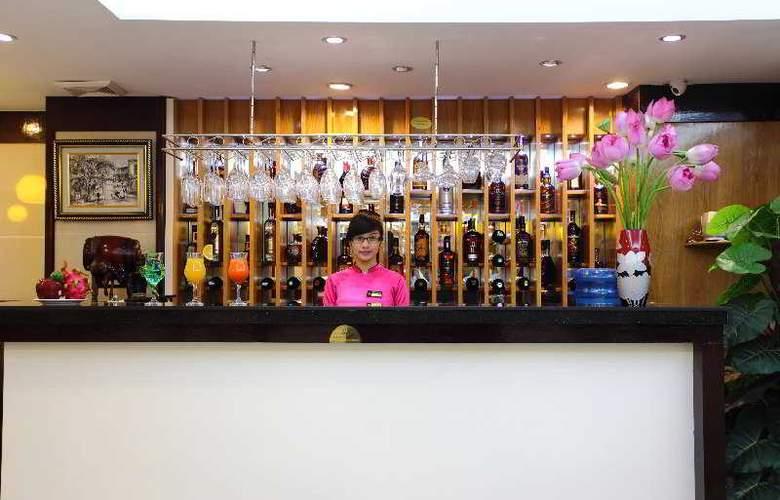 Golden Cyclo Hotel - Bar - 2