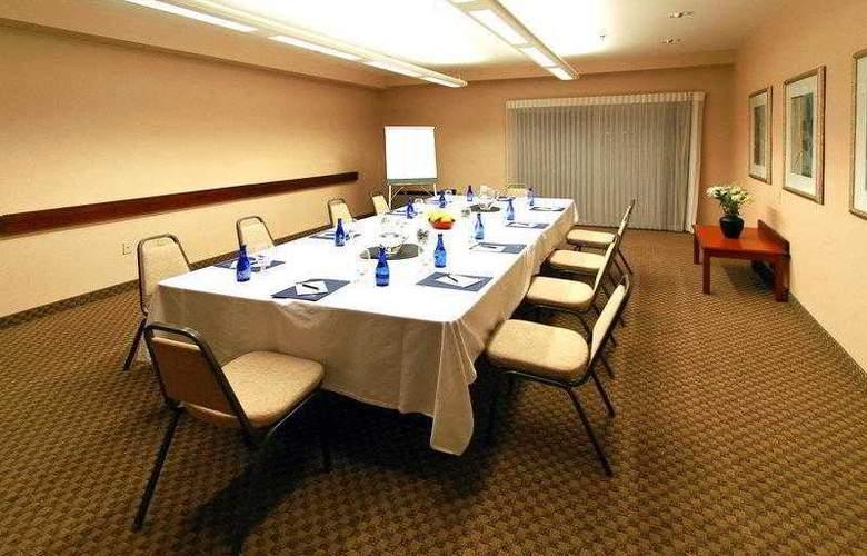 Best Western Plus Bayside Hotel - Hotel - 14