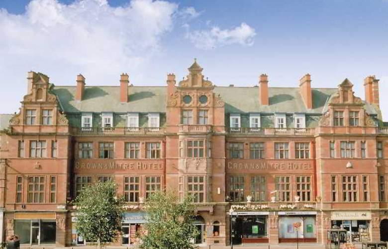 Crown & Mitre - Hotel - 0
