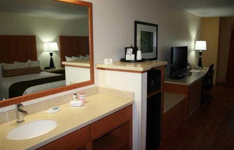 Best Western Plus Park Place Inn - Hotel - 59