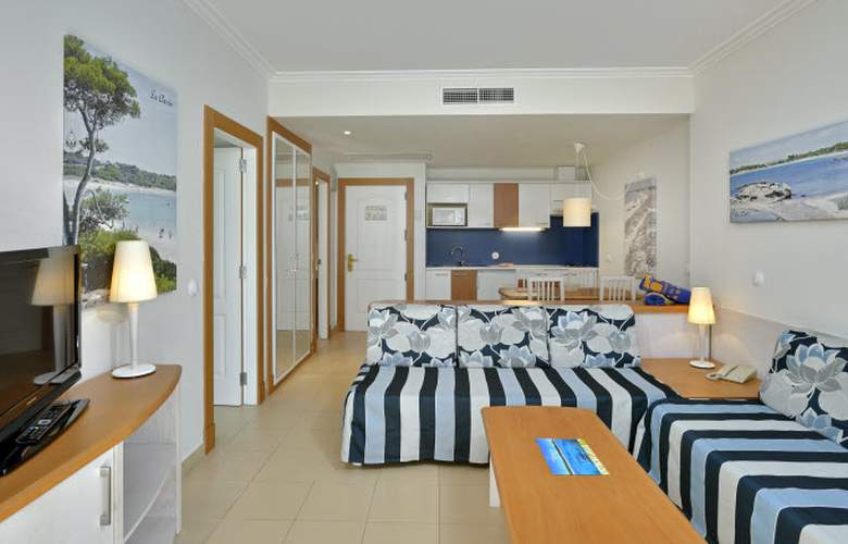 Isla de Cabrera Aparthotel - Room - 0
