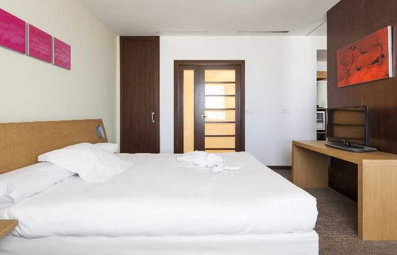 Ilunion Valencia - Room - 28