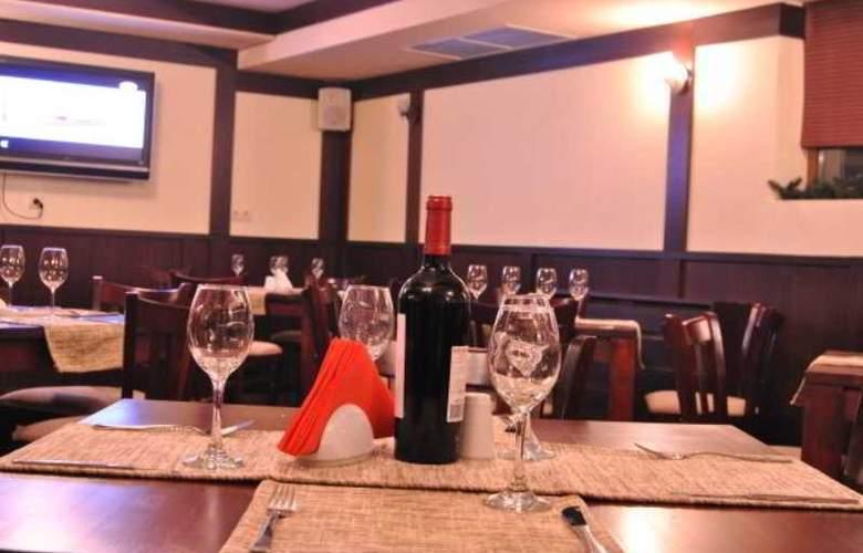 Adeona SKI & SPA - Restaurant - 3