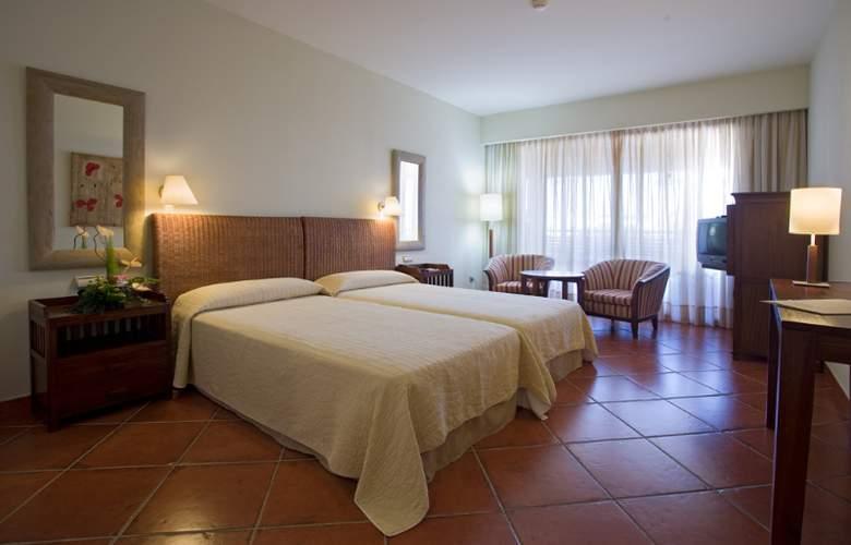 Puerto Antilla Grand Hotel - Room - 19