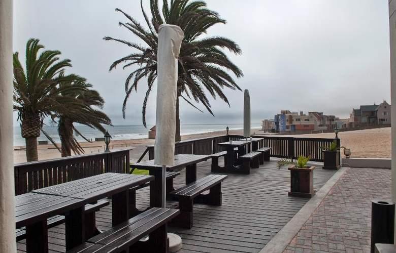 Protea Hotel Long Beach Lodge - Terrace - 15