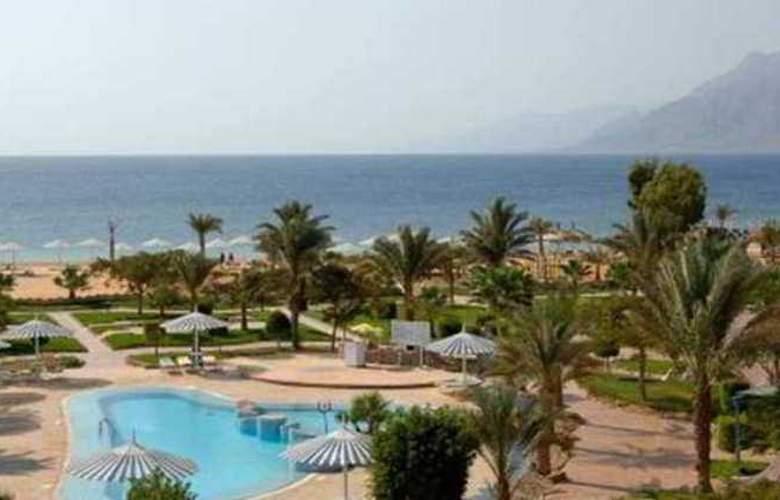 Hilton Nuweiba Coral Resort - Hotel - 4
