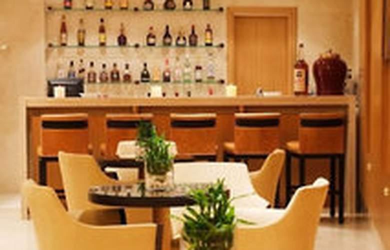 Divani Palace Larissa - Bar - 0