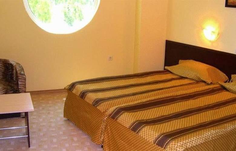 Amaris - Room - 2