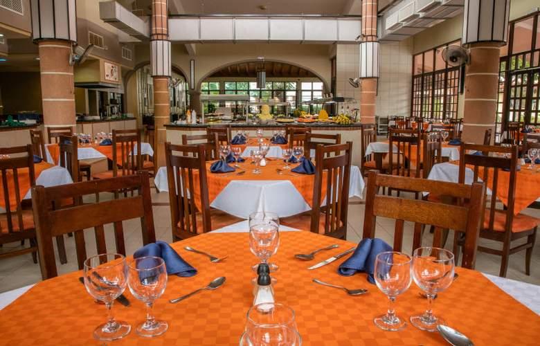 Starfish Cuatro Palmas  - Restaurant - 30