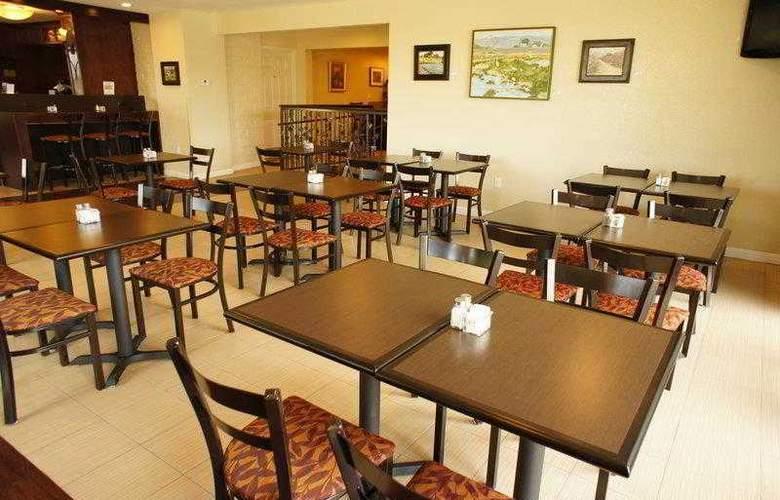 Best Western Plus Orchard Inn - Hotel - 12