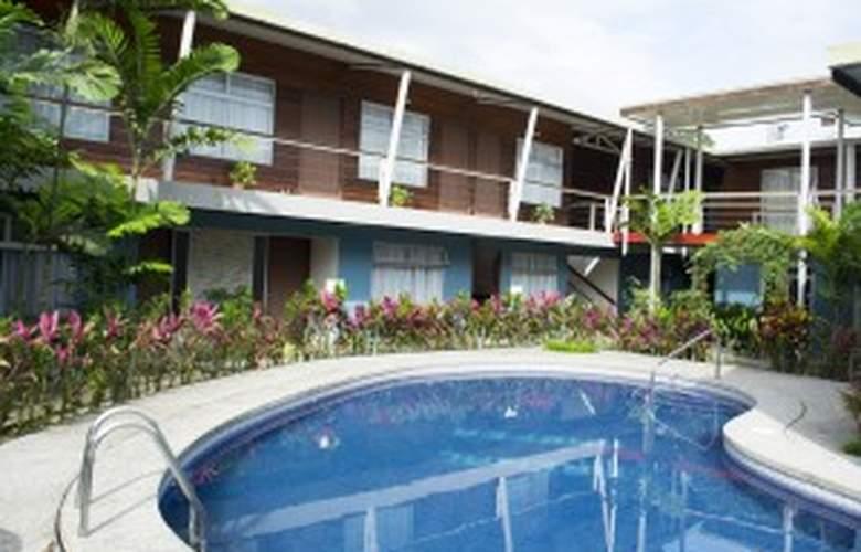 Arenal Rabfer - Pool - 2