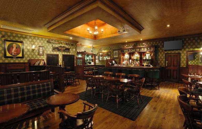 NH The Lord Charles - Bar - 5