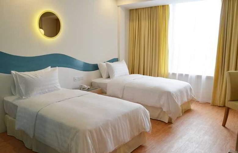 Oceania Hotel - Room - 13