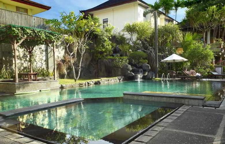 Adi Dharma Cottages - Pool - 8