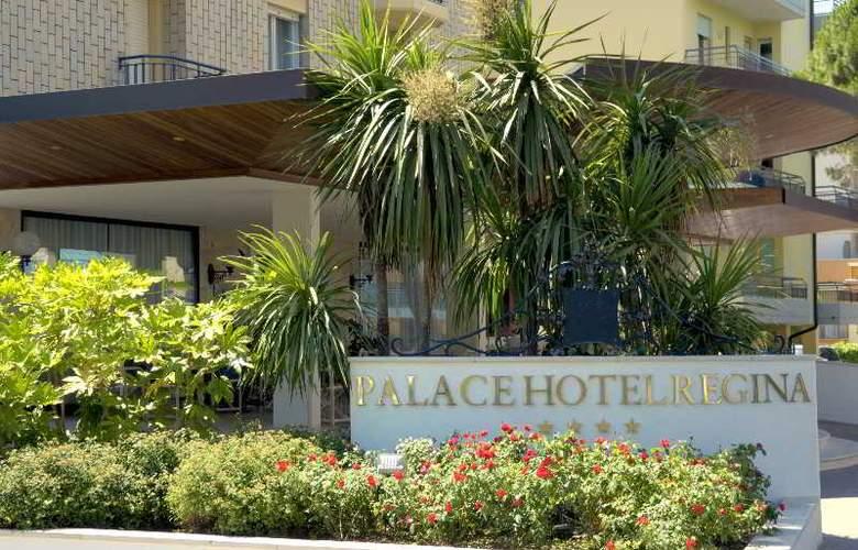 Palace Hotel Regina - Hotel - 4