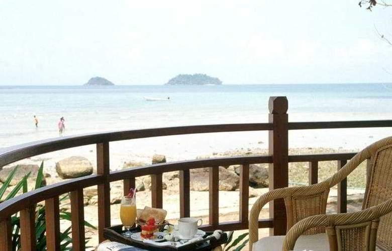 Sea View Resort & Spa Koh Chang - Terrace - 8