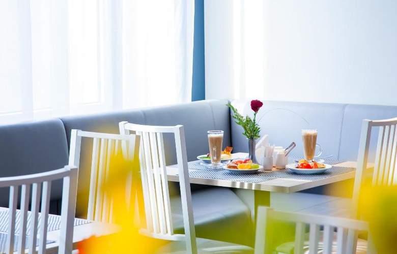 Tia - Restaurant - 19