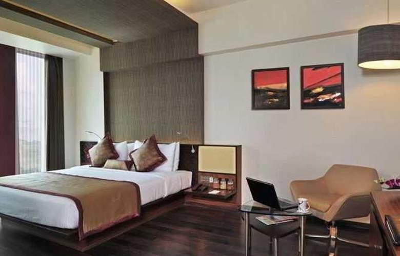 Fortune Inn Exotica Hinjewadi - Room - 0