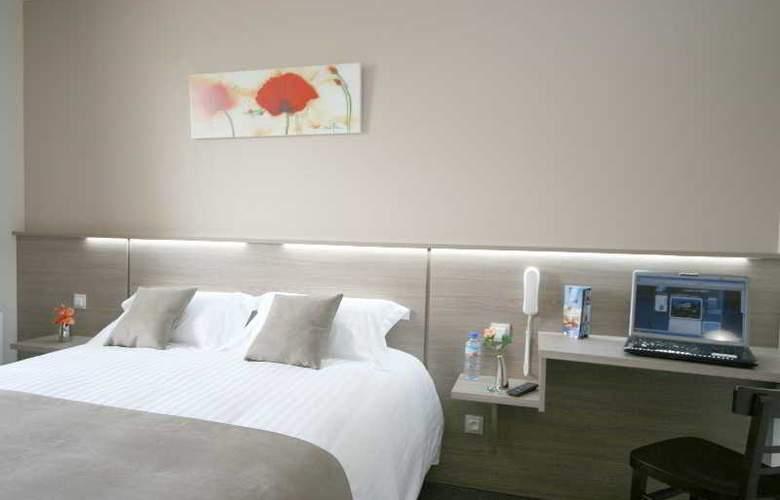Hôtel du Parc Fougeres - Hotel - 1