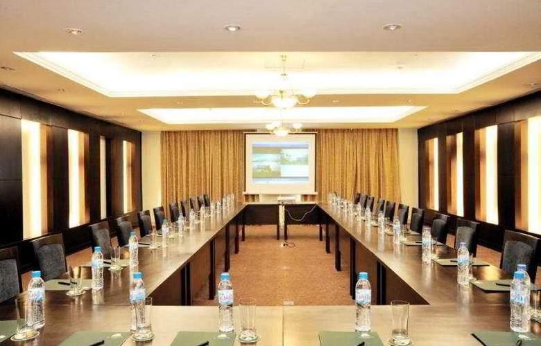 La Sapinette Hotel Dalat - Conference - 9