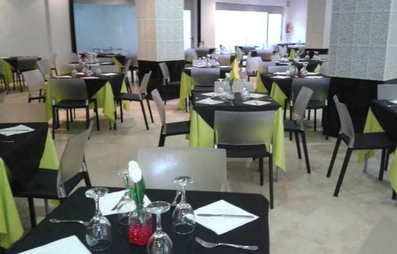 Marina Rey - Restaurant - 9