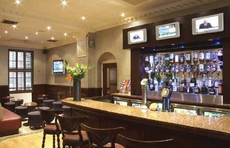 Sidney London-Victoria - Bar - 1