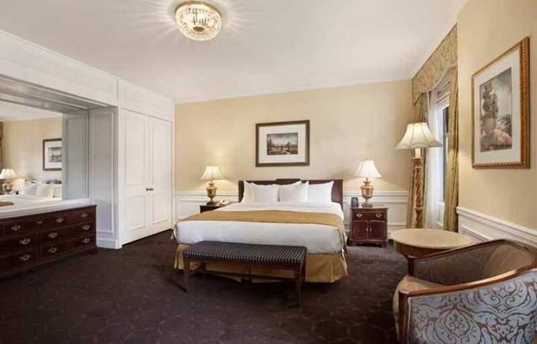 The Drake, a Hilton - Hotel - 3