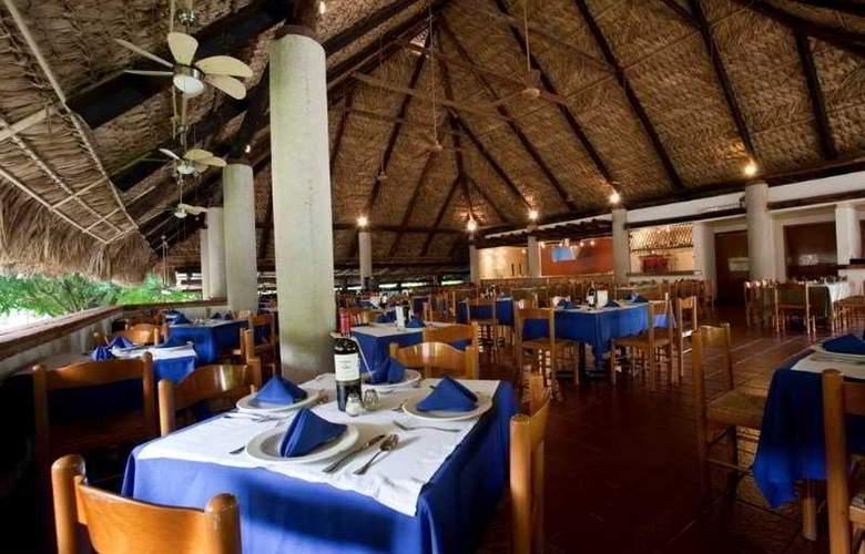 Ciudad Real Palenque - Restaurant - 7