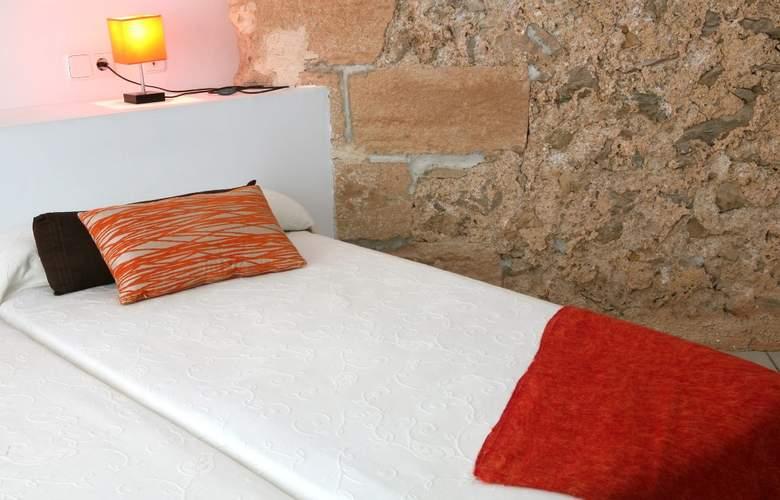 Petit Hotel Hostatgeria Sant Salvador - Room - 10